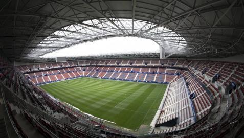 Imágenes de la primera visita guiada para socios al estadio de El Sadar tras su reforma.