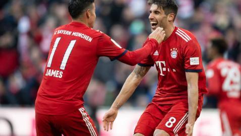 Javi Martínez da el triunfo al Bayern, que iguala a puntos al Dortmund