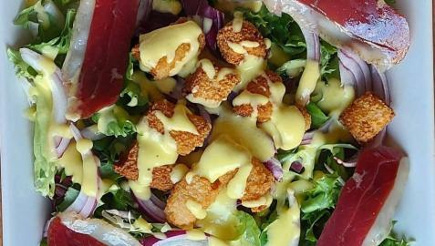 Ensalada de pato y vinagreta de mango