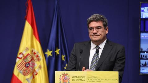 El ministro de Inclusión, Seguridad Social y Migraciones, José Luis Escrivá, interviene en una comparecencia para informar de los datos de paro