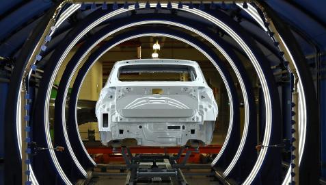 Túnel de revisión automática de superficie (Q-Eye) en la planta de Landaben