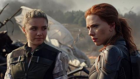 Scarlett Johansson encarna a Viuda Negra.