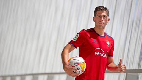 Presentación de Jesús Areso como nuevo jugador de Osasuna
