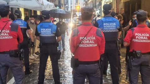 Dispositivo conjunto de Policía Municipal y Policía Foral, este fin de semana en Pamplona