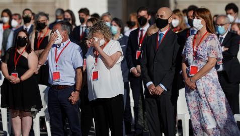 Emocionado tributo a los sanitarios fallecidos en el homenaje de Estado a  todas las víctimas   Noticias de Nacional en Diario de Navarra