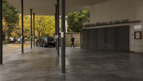 A* Jesús Garzaron F* 2020_10_27 T* Diás previos al Día de todos los Santos. L* Cementerio de Pamplona