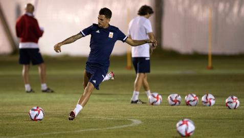 Dani Ceballos, en una de las sesiones de entrenamiento de la selección en Japón