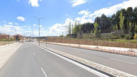 Imagen del vial de Huertas Mayores, donde se produjo el accidente.