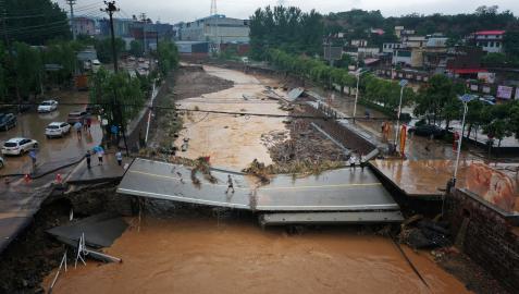 Imagen de los daós causados por las inundacions en la zona de Henan, en China.
