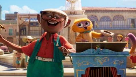 Fotograma cedido por Netflix donde aparecen los personajes (i-d) Andrés (con voz de Juan de Marcos González) y Vivo (con voz de Lin-Manuel Miranda); durante una escena del musical animado 'Vivo'