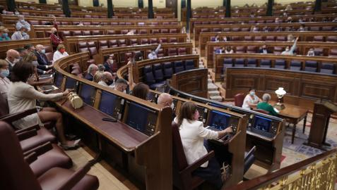 Vista general de la votación en el Congreso de los Diputados del decreto ley de medidas urgentes para reducir la temporalidad en el empleo público