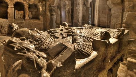 Interior del monasterio de Suso, que es independiente al monasterio de Yuso