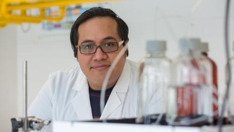 Jesús Fidel Gonzáles, ingeniero químico a cargo de la investigación