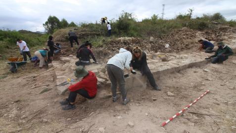 Excavación en Mañeru