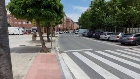 Parte del tramo de la calle Ronda de las Ventas que se va a peatonalizar.