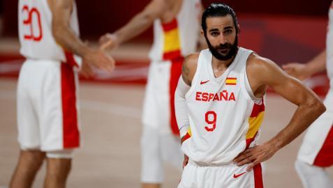 Ricky Rubio, máximo anotador de España con 18 puntos, cabizbajo tras caer ante Eslovenia