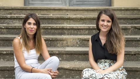 Las criminólogas Juana Ramírez Herrera y Ana Carmona Juanmartiñena, esta pasada semana, en la sede de la Policía Foral