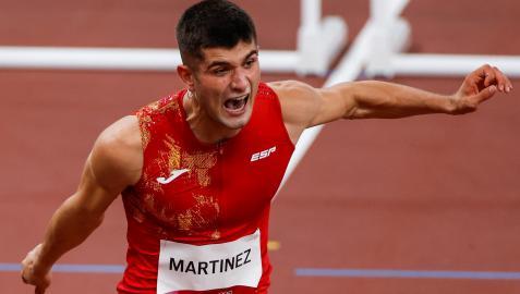 El español Asier Martínez, en las rondas preliminares de 110m valla masculino.
