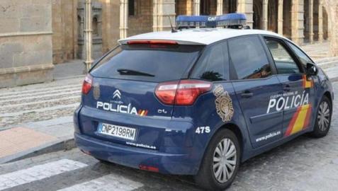 Once detenidos por estafar 300.000 euros mediante pagarés y cheques falsos
