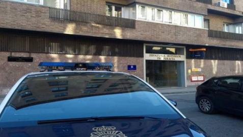 Detenida en Pamplona por expulsar a su inquilina y sus hijos menores mientras estaban de vacaciones