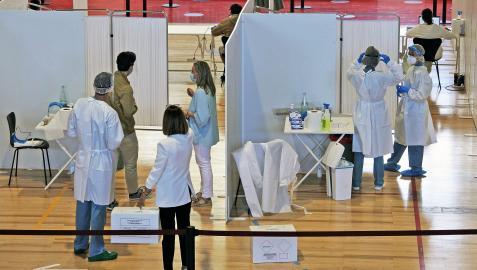 Durante el curso pasado, se practicaron 34.042 PCR y 10.769 test de antígenos a alumnos y profesionales de la Universidad de Navarra