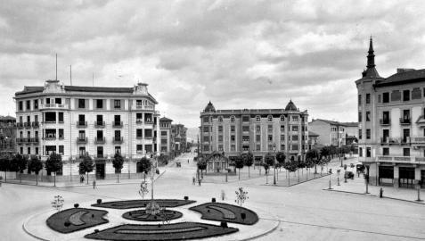 Plaza Príncipe de Viana 1940