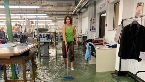 La empresa Injocar de Caparroso, inundada