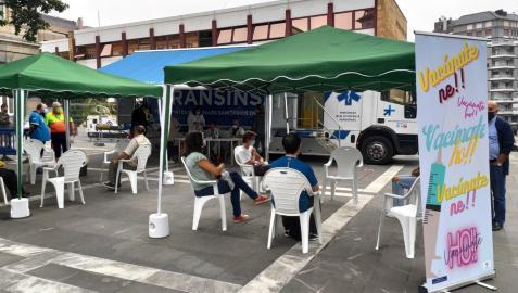 Jornada de vacunación contra el coronavirus en Oviedo
