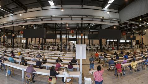 Aspirantes de todas las edades se acercaron a las instalaciones del Recinto Ferial de Navarra
