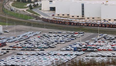 Imagen exterior de la factoría de Volkswagen Navarra, en Landaben