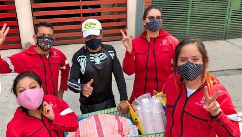 Voluntarios y voluntarias de El Caracol en las calles de Ciudad de México
