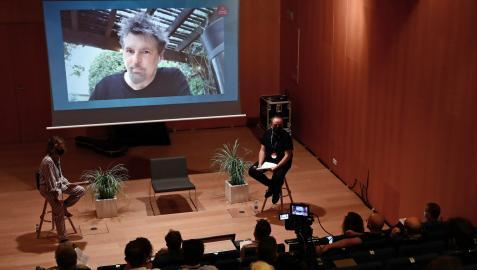 Russell Ziecker, desde L.A., habla con Géraldine Gonard (Conecta Fiction) y Julen Martín (BIME PRO)