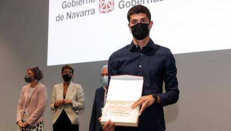 El atleta Asier Martínez durante el acto de reconocimiento a los atletas navarros que acudieron a Tokio