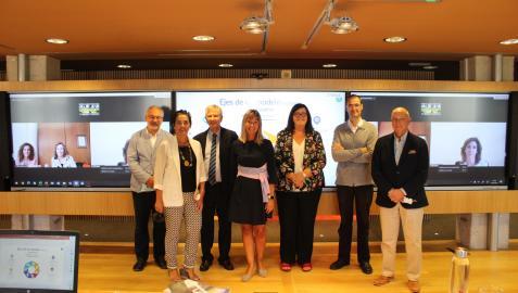 Imagen del jurado que concede el I Premio Arizmendiarrieta Saria al modelo inclusivo participativo