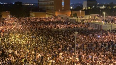 Miles de jóvenes se congregaron en Ciudad Universitario