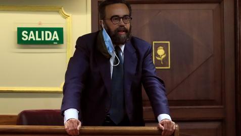 El diputado de Vox José María Sánchez García es expulsado del hemiciclo