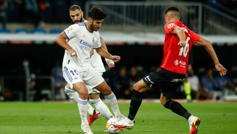 Marco Asensio en una jugada del partido ante el Mallorca disputado este miércoles en el Santiago Bernabeu.