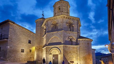 La iglesia del Santo Sepulcro (Torres del Río), uno de los lugares con encanto a descubrir en el Camino de Santiago en Navarra.