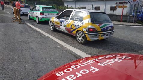 Imagen de un coche de la Policía Foral en la Subida a Urbasa.