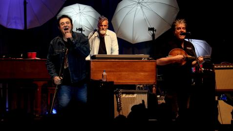 La banda de rock Counting Crows ofrecerá tres conciertos en España en 2022