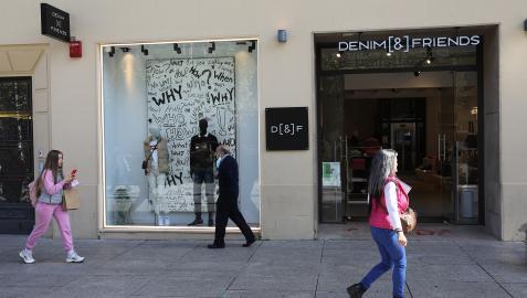 La marca Denim & Friends abrió este lunes, 4 de octubre, su tienda en la Carlos III tras el cierre de Urban Sons a finales de septiembre
