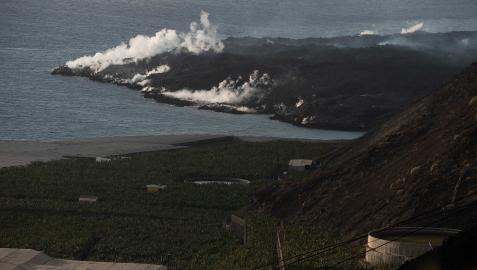 Imagen del delta que se está formando en la costa de Tazacorte tomada desde Puerto Naos
