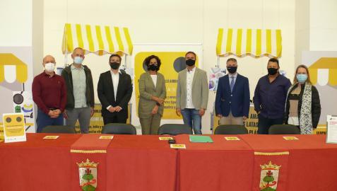 Asistentes a la presentación de la campaña 'Reciclar en el amarillo ahora es diferente' celebrada ayer