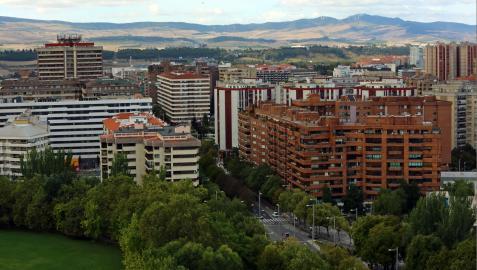 Vista de la avenida Pío XII de Pamplona, desde el Edificio Singular