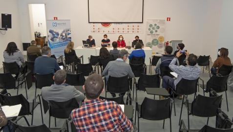 Carlos Ros, Koldo Leoz, Izaskun Goñi y Abel Larrad, durante la presentación del programa.