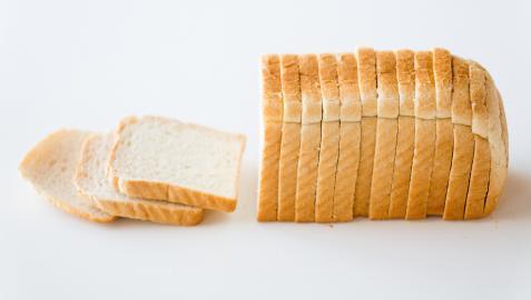 34 panes de molde de diferentes marcas han sido analizados por la OCU.