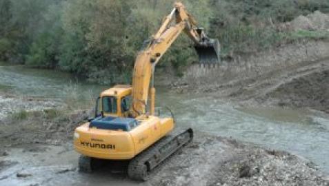 Gurelur advierte del peligro de destrucción de los fondos del río por la maquinaria pesada que se va a utilizar para las obras
