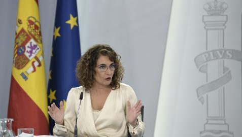 La ministra de Hacienda y Función Pública, Maria Jesús Montero, comparece en rueda de prensa para presentar el anteproyecto de Ley de Presupuestos Generales del Estado para 2022