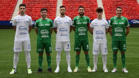 Los navarros Aitor Irujo, Ion Cerviño , Asier Llamas, Roberto Martil, Oihan Sánchez y Josu Mendive