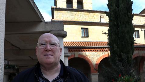 Alfredo Arruiz Sotés en la plaza San Juan de Huarte